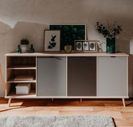 Madia Lavik con gambe in legno, 6 cassetti, finitura Quercia, Bianca, Petrolio e Grigia